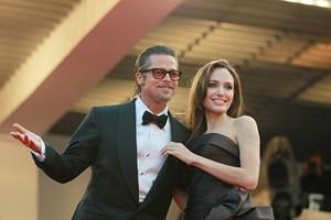 Hôn nhân của cặp đôi Angelina Jolie và Brad Pitt đã tan vỡ?