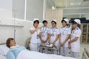 Hơn 100 điều dưỡng viên Việt Nam được cấp pháp làm việc tại Đức