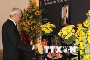 Người Việt ở các nước tưởng niệm Chủ tịch nước Trần Đại Quang