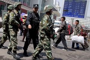 Trung Quốc: Lại xảy ra vụ tấn công cảnh sát ở Tân Cương