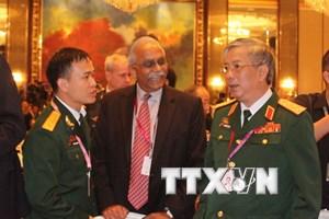 Tướng Nguyễn Chí Vịnh thảo luận an ninh Biển Đông tại Shangri-La