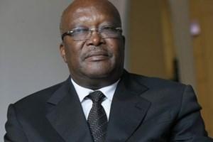 Tổng thống Burkina Faso đích thân đến hiện trường khủng bố