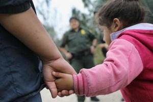 Tổng thống Mỹ không khoan nhượng trong chính sách di cư
