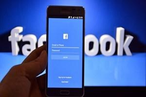 EU cảnh báo Facebook về những quy định đối với người dùng