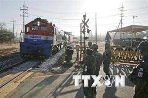 Hàn Quốc thúc đẩy hiện đại hóa đường bộ và đường sắt liên Triều