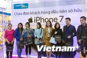 iPhone 7, iPhone 7S chính hãng đến tay người tiêu dùng Việt Nam