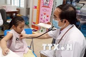 Giá dịch vụ khám bệnh tăng giá rất mạnh, cao gấp 2-4 lần