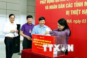 Bộ Y tế quyên góp ủng hộ nhân dân Lào và người dân vùng lũ