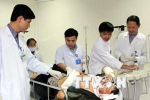 Tỉnh Nghệ An thăm hỏi, hỗ trợ người bị nạn vụ sập giàn giáo
