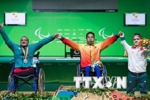 Long An khen thưởng đột xuất vận động viên khuyết tật Lê Văn Công