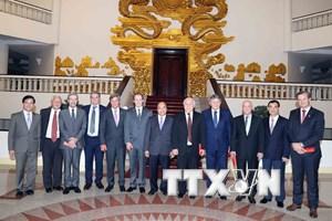 Thủ tướng tiếp đoàn lãnh đạo ba tỉnh miền Trung Argentina