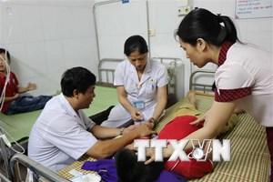 Bắc Ninh: Hơn 50 học sinh tiểu học nhập viện sau ăn trưa tại trường