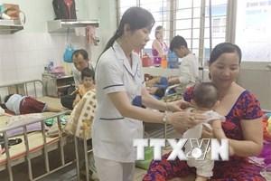 Bệnh tay chân miệng diễn biến phức tạp tại các tỉnh Nam Bộ