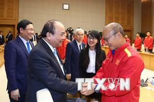 [Photo] Thủ tướng Nguyễn Xuân Phúc gặp mặt Đội tuyển bóng đá Việt Nam