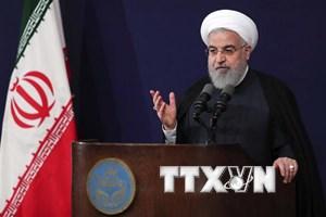 Tổng thống Rouhani: Trừng phạt của Mỹ không khiến Iran phải đầu hàng