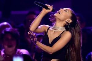 Manchester: Vé hòa nhạc ủng hộ các nạn nhân bán hết trong 6 phút