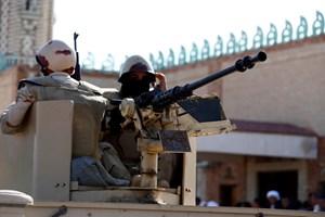 Quân đội Ai Cập mạnh tay truy quét, bắt giữ phiến quân tại Sinai