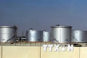 Giá dầu thế giới biến động nhẹ dù Saudi Arabia cam kết tăng sản lượng