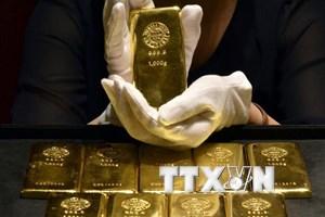 Giá vàng thế giới tăng lên gần mức cao nhất trong 5 tháng qua