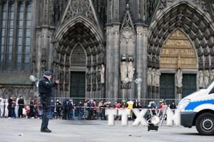 Cảnh sát Đức vẫn chưa bắt được kẻ khủng bố chợ Giáng sinh