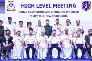 Tàu cảnh sát biển Việt Nam lần đầu tiên cập cảng Ấn Độ