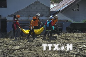 Sóng thần ở Indonesia: Chỉ còn 1 ngày để tìm 600 người mất tích