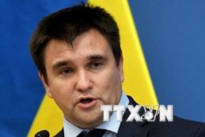 Ngoại trưởng Ukraine thông báo hủy bỏ hàng loạt thỏa thuận với Nga