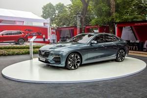 Công suất động cơ xe VinFast mạnh như thế nào khi sở hữu nền tảng BMW?