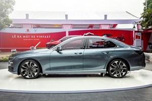 Chuyên gia tài chính bàn về chuyện VinFast đang bán ôtô quá đắt?