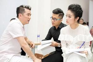 """MC Phí Thùy Linh: Tôi phải """"uốn lưỡi bảy lần"""" trước Đàm Vĩnh Hưng"""