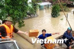 Cứu hàng ngàn người dân Gia Lai thoát lũ an toàn
