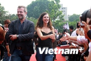 Cánh cửa rộng mở mời các nhà làm phim quốc tế