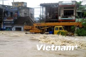 Thủ tướng: Khẩn cấp khắc phục hậu quả mưa lũ
