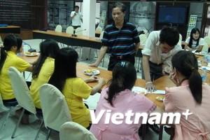 Sớm đưa các cô gái Việt trong vụ đẻ thuê về nước