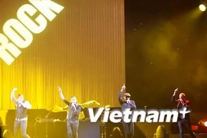Backstreet Boys hết mình với khán giả TP.HCM