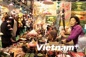 Hàng Việt ở Paris