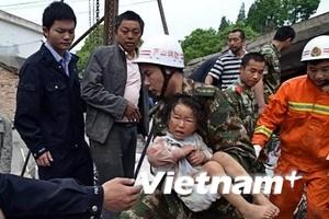 Trung Quốc dốc toàn lực cứu trợ khu vực bị động đất