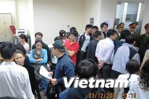 """Cư dân tiếp tục """"tố"""" Keangnam Vina lên thành phố"""
