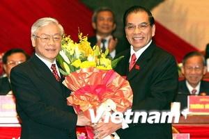 Báo Nga, Campuchia đưa đậm về Đại hội Đảng XI