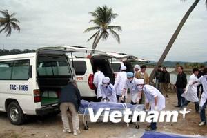 Chia sẻ với nạn nhân vụ đắm tàu ở Vịnh Hạ Long