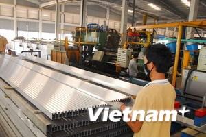 FDI cấp mới và tăng thêm vào Việt Nam đều giảm