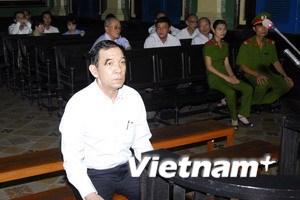 Huỳnh Ngọc Sĩ quyết liệt chối tội trong ngày xét xử