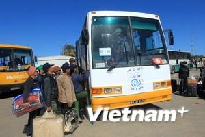 Lao động Việt Nam rời trại tị nạn ở Tunisia về nước