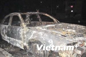 Lại có thêm 1 ôtô 4 chỗ bốc cháy tại Quảng Ninh