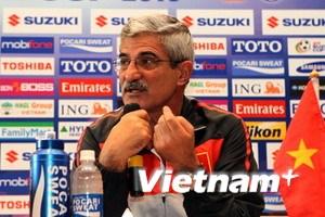 Calisto: Việt Nam ngẩng cao đầu rời AFF Cup 2010