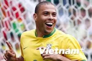 Ronaldo ca ngợi Ronaldo
