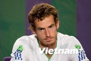 Andy Murray thẫn thờ vì trận thất bại trước Nadal