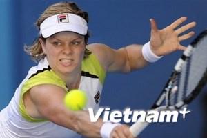 """""""Nữ hoàng"""" châu Á cùng Kim Clijsters vào vòng 3"""
