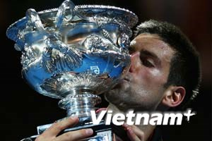 Nole lại thắng Nadal