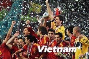 Vô địch EURO 2012, Tây Ban Nha lập nên kỳ tích